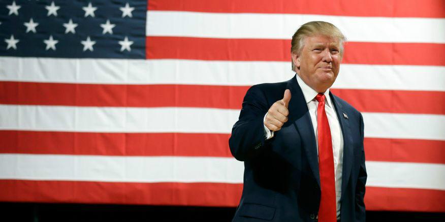 trump-us-flag